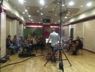 Il M. Emanuele Bossi dirige la Roma Film Orchestra