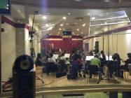 Il M° Nicola Tescari dirige gli archi della Roma film Orchestra 2