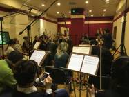 Il M° Nicola Tescari dirige gli archi della Roma film Orchestra 3