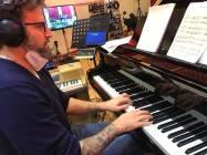 Il M Nicola Tescari al piano